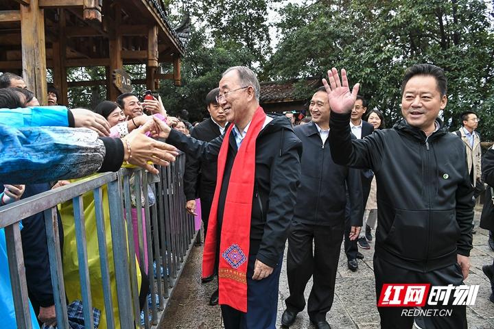 虢正贵会见博鳌亚洲论坛理事长潘基文一行