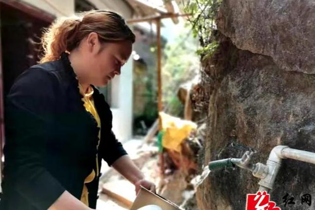 驻村帮助队真给力!翻江镇农林村550名村民都喝上了甘甜的放心水!