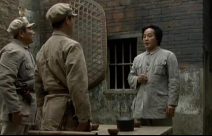 红军重返井冈山毛泽东捎上千银元发给乡亲 却只发出673块