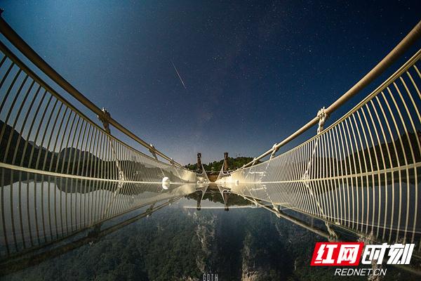 """张家界大峡谷玻璃桥——""""云天渡""""命名释义为.jpeg"""