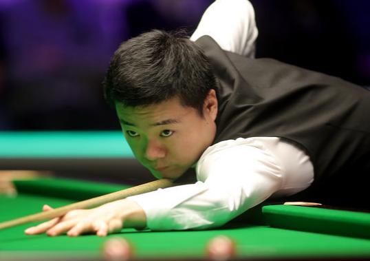 斯诺克:丁俊晖10-6击败马奎尔 收获英锦赛个人第三冠