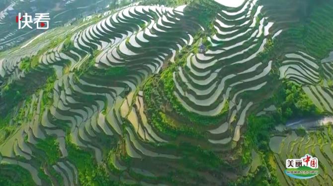 【美丽中国·网络媒体生态文明行】滔滔水云阔、山河入画来,这里是湖南!