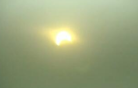 罕见日环食将上演 我国仅可见日偏食