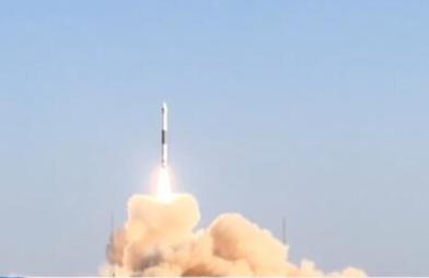 我国成功发射自主研发银河航天首发星 卫星顺利进入预定轨道