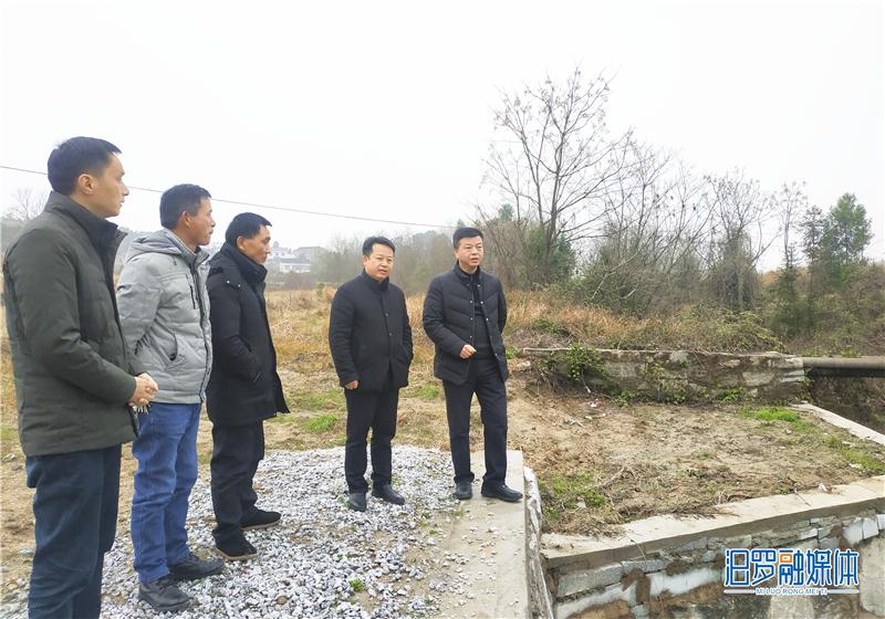 川山坪镇芭蕉水河道修复加固工程完工