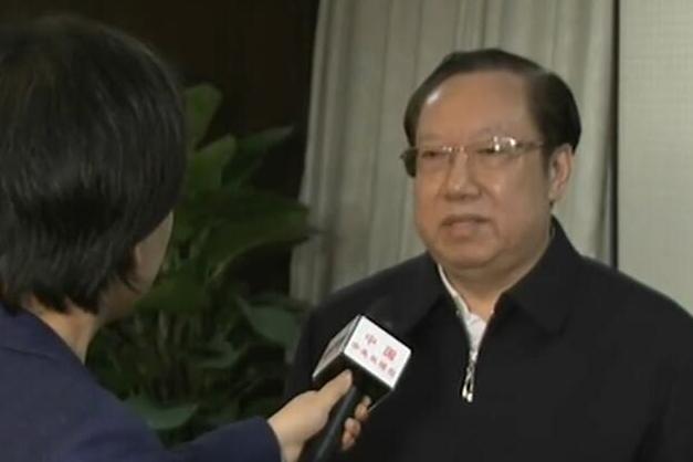 湖北省省长接受央视记者专访 回应离汉通道关闭等热点问题