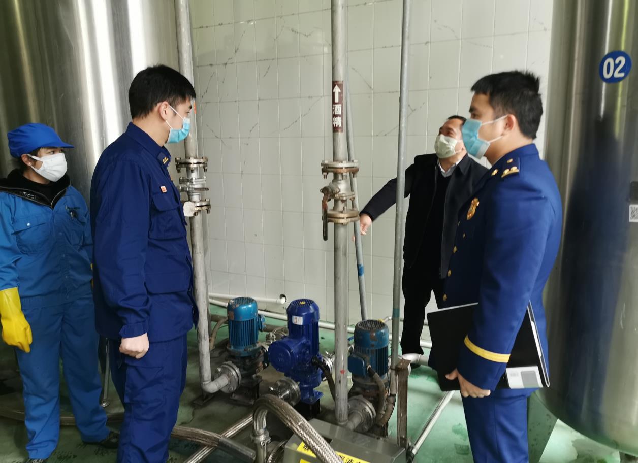 零陵:主动上门为防控物资生产企业开展消防安全服务