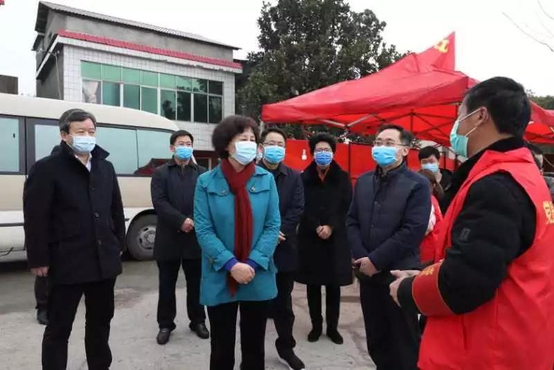 黄兰香率省委第四指导组赴常德益阳指导疫情防控工作