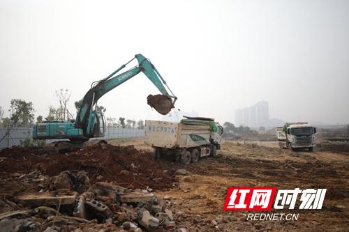 绿地衡阳城际空间站项目火热复工。副本.jpg