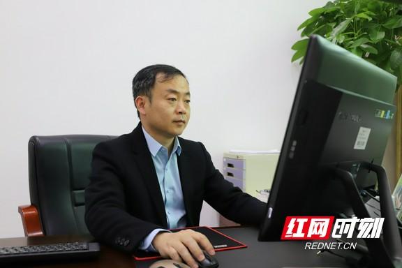 望城一中校长、湖南g10教育联盟及湖南h11教育联盟秘书长刘宇致辞.marked.jpg
