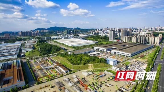 长沙高新区产业蓬勃发展。资料图片.marked.jpg