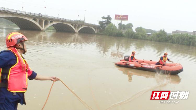 临澧消防大队组织开展水域救援技术培训