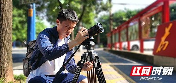 """与高温同行(八)丨新闻记者:为战酷暑的奋斗者而""""歌"""""""