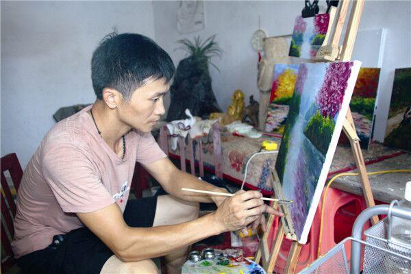 """宁乡:大山脚下的艺术家""""画""""出脱贫路"""