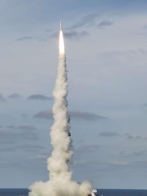 赢咖3平台揭秘海射火箭:陆地那么大,为什么还要去海上?(图2)