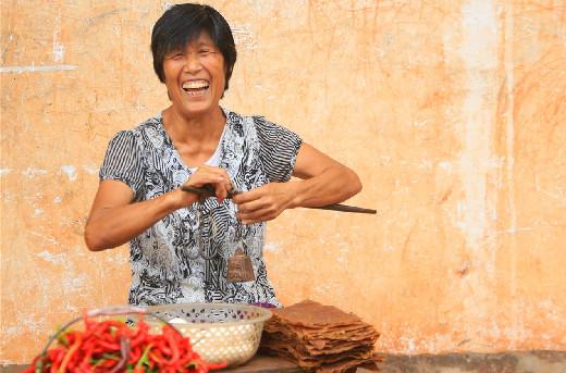 扶贫印记•海报 | 衡南县:日光篇•你笑起来真好看