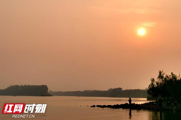 秋品莲城丨傍晚,静逸的窑湾