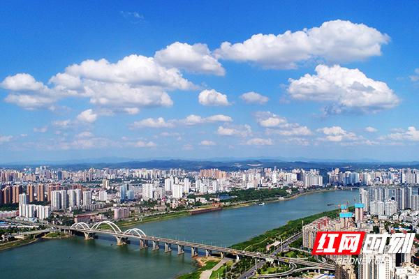 湘江两岸。.jpg