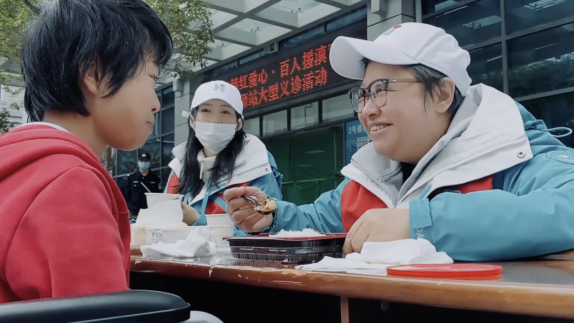 湖南卫视《一诺十年·韩红爱心百人援滇》穿越山河求爱