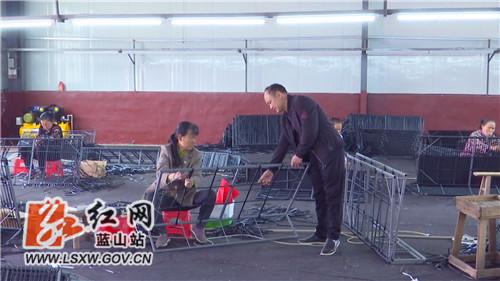 蓝山县扶贫车间复工忙