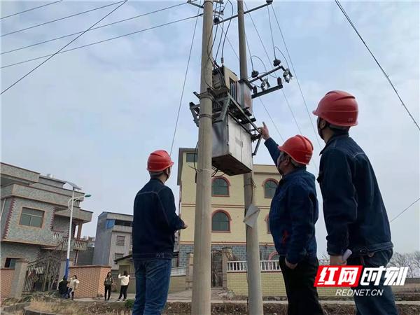 """道县供电公司:严阵以待应对气温""""跳水"""""""