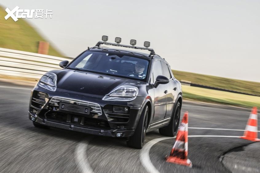 纯电动Macan原型车启动路试 2023年发布