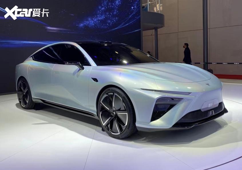 2021上海车展:哪吒全新轿车命名哪吒S