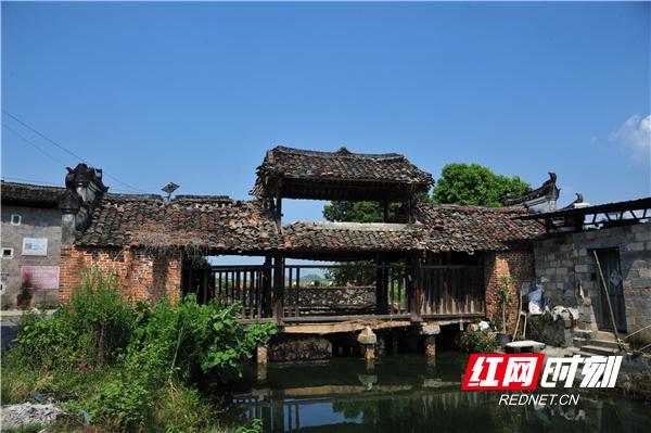 我国首次发现榫卯结构石梁风雨桥,就在湖南江永