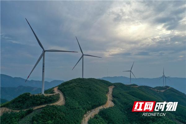 湖南道县:生态风电 绿色发展(组图)