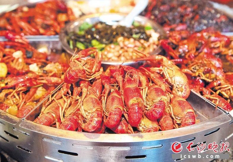 一盆香辣小龙虾,搅动了多少人的味蕾。