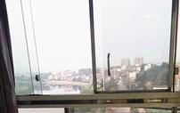 最美阳台丨阳台上的物件慢慢变旧,阳台外的风景越来越美!