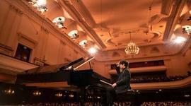 肖邦国际钢琴比赛上的湘西少年饶灏